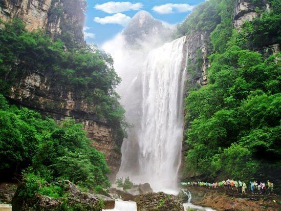 三峡大瀑布震撼水景 宜昌到三峡大瀑布半日游热线0717-6696298