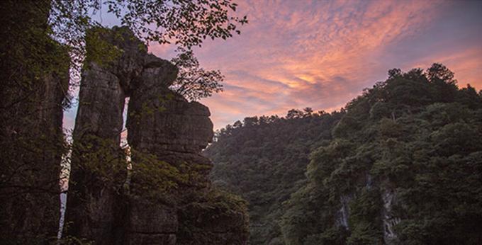 長陽清江方山風景區:清江河畔小蓬萊