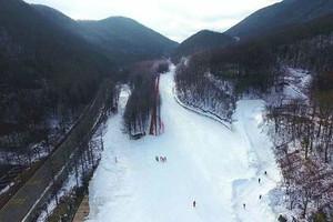宜昌到神农架中和国际滑雪场一日游
