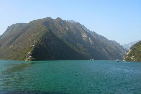 「宜昌乘船到奉节长江三峡全景三日游」过船闸感受完整长江三峡