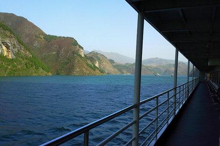 奉节上午出发乘新高湖游轮到宜昌三峡、大坝二日游