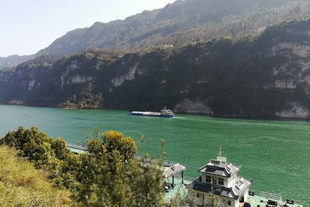 宜昌市区乘船到三峡大坝自由行半日游(坐船过船闸,游西陵峡)