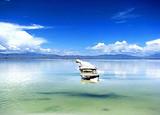青海湖、茶卡盐湖、莫高窟、鸣沙山月牙泉、嘉峪关双飞8日游