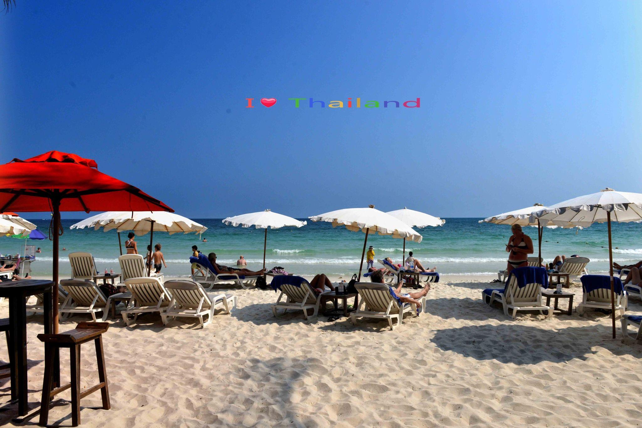 曼谷,芭提雅,宿沙美岛6日度假之旅_安排芭提雅悬崖餐厅