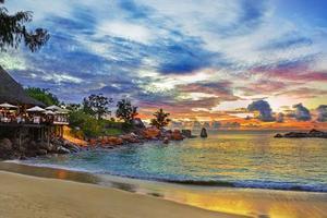 武汉到塞舌尔八天五晚休闲之旅 香港往返自由行报价