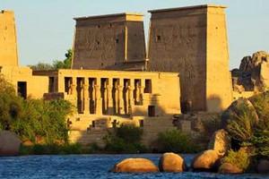 武汉到埃及超值五星8天游 武汉中国国旅