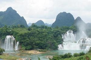 武汉到南宁、北海、银滩、德天跨国大瀑布、通灵大峡谷高铁5天