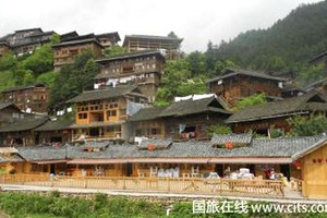 武汉到多彩贵州双高6日游