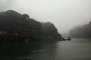 武汉出发幸福老人游三峡八日游 专业老年团