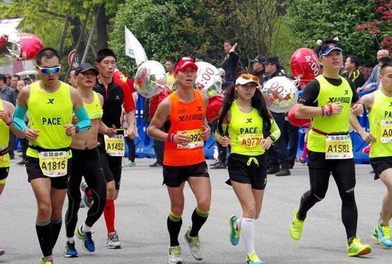 """武汉汉马""""最美的马拉松赛道"""""""