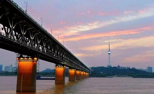 武汉至十堰高铁建设加速,明年底正式开通营运
