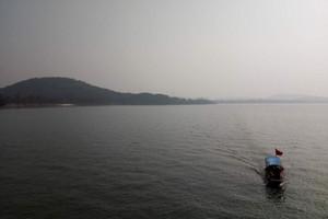 武汉出发到 桂林三星特价双卧五日游