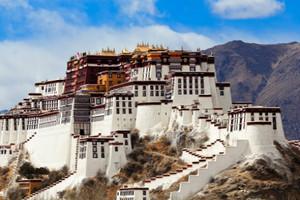 西藏拉萨、雅鲁藏布江大峡谷、巴松错、珠穆朗玛峰13日游
