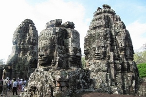重庆—柬埔寨吴哥超值5日游