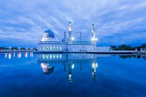 新马波德申,六天四晚,伊丽莎白公园+水上清真寺+太子城广场