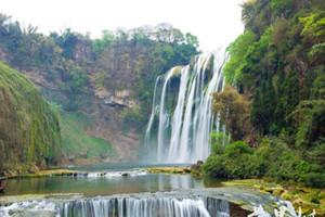 贵州黄果树瀑布、西江千户苗寨、荔波小七孔、镇远古镇双动5日游