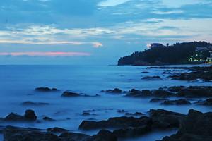 广西北海涠洲岛+石螺口海滩+北部湾广场+南珠魂城雕双飞5日游
