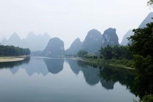 桂林漓江、一江四湖、蝴蝶泉、银子岩双卧五日游--畅享桂林