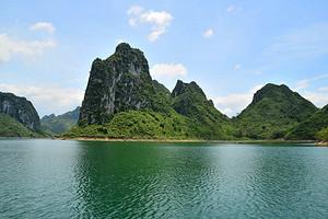 上林大龙湖游船,马山小都百,农家风味餐纯玩一日游