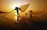 东兴金滩虾灯奇观、京岛博物馆、独弦琴、踩高跷捕捞纯摄影二日