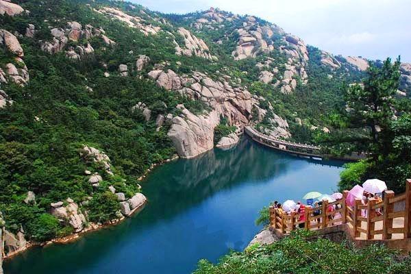 跟团游>青岛崂山(北九水)二日 赠送中山公园 淄博出发旅游