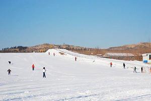 淄博玉黛湖滑雪场