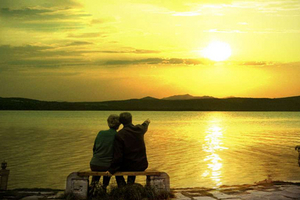 夕阳红贵阳黄果树 昆明大理丽江双卧十日游
