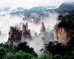 郑州到张家界、天子山、袁家界、黄龙洞空调双卧品质五日游