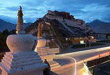 郑州到拉萨、布宫、纳木错、林芝、日喀则双卧十一日品质游