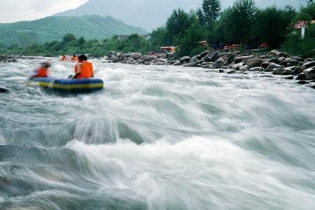 郑州到尧山大峡谷漂流一日休闲游