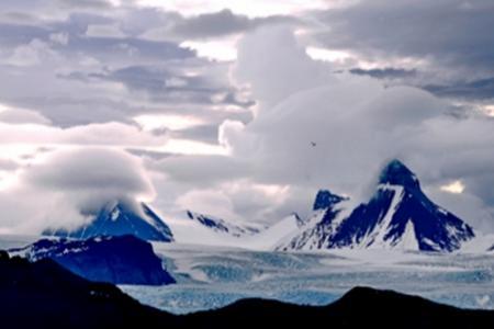 北极斯瓦尔巴+冰岛环线17日游