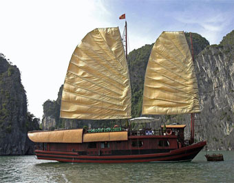 跟团游>南宁到越南下龙湾,天堂岛,月亮湖,河内,安子山四日游纯玩团