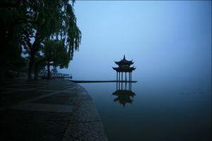 青岛到华东旅游攻略_华东五市+扬州+木渎西塘乌镇5日游_纯玩