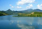 深圳去清远古龙峡漂流红不让百菇园牛鱼嘴景区亲子一日游