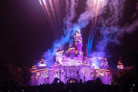 香港旅游、香港迪士尼一晚二日游
