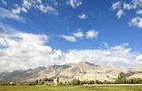 新疆天池、吐鲁番、库木塔格、石河子、古海温泉、五彩城双飞8日