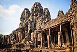 【享誉全球】柬埔寨 吴哥、洞里萨湖双飞五日休闲之旅