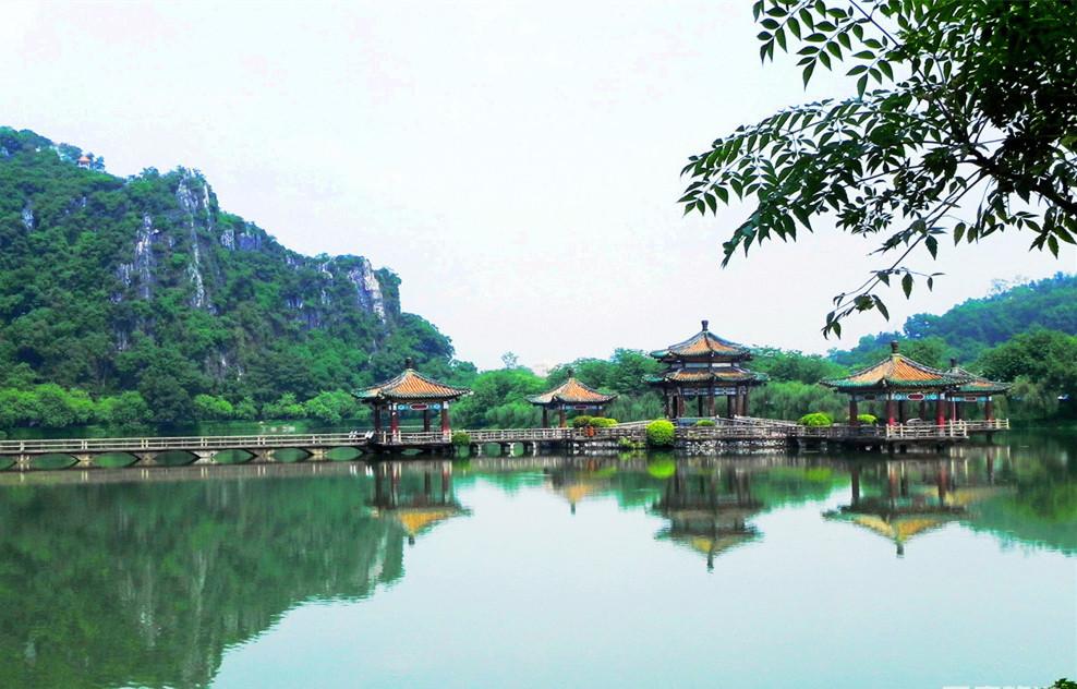 泰安出发到桂林漓江,阳朔,义江缘,尧山风景区夕阳红双卧六日游