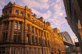 英国旅游需要带什么  青岛到英国剑桥大学双飞12日游
