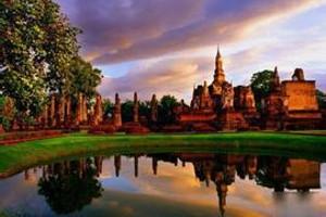 冬天带父母去哪里玩 青岛到越南河内芒街德天大瀑布双飞6日游
