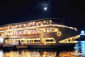 越南旅游攻略 青岛到越南下龙湾 国子监 月亮湖双飞六日游