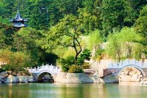 山东旅游景点安排 青岛栈桥五四广场天主教堂一日游