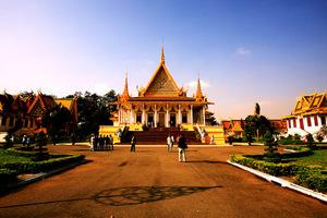 重庆去柬埔寨全景旅游线路_魅力吴哥金边经典