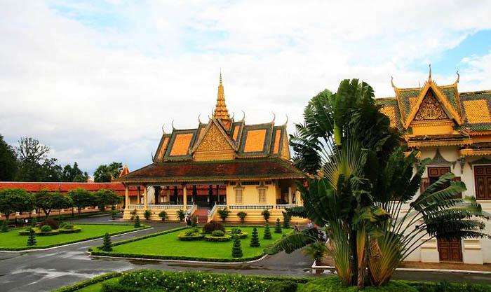 重庆到柬埔寨吴哥窟往返4晚5天/5晚6天游