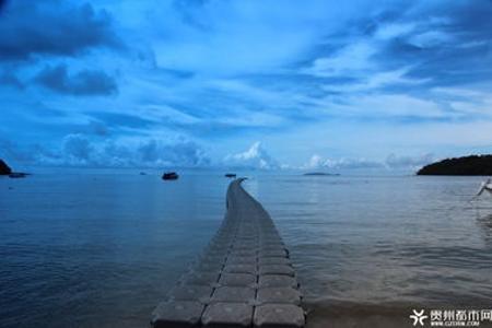 重庆到印尼三岛巴厘六日游