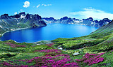 重庆到朝鲜+俄罗斯海参崴+东北长白山双飞8日游