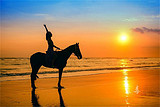 重庆直飞巴厘岛7日6晚奢享游(全程海边沙滩酒店+黑沙滩骑马)