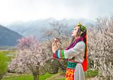 <西藏赏花游>银川去拉萨、布达拉宫、林芝、羊湖四卧11日游