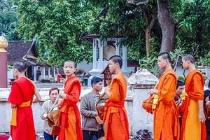 老挝旅游团【12月五星老挝】琅勃拉邦万荣万象全景七日游