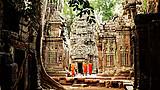 【越·越柬连线 越南+柬埔寨8日】越南国家航空 胡进河出